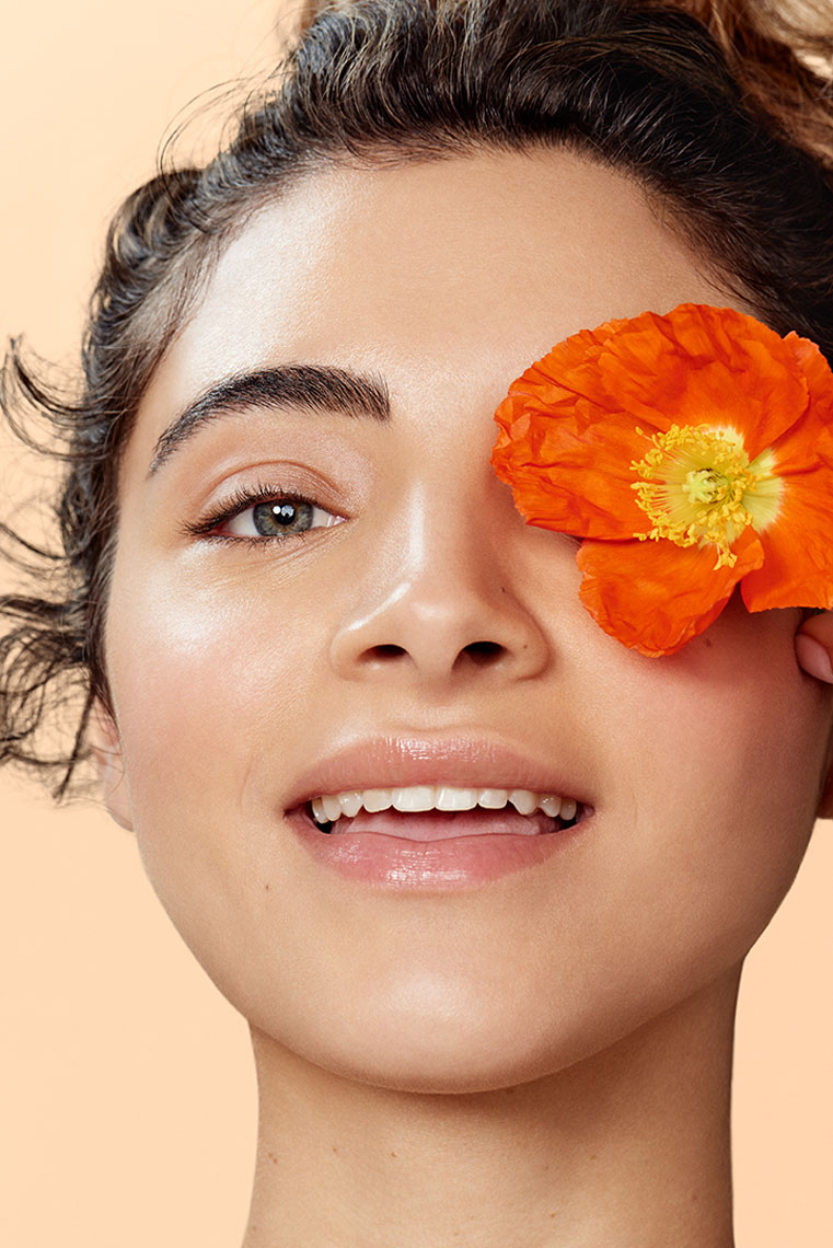 Art director DANIELLE MOORE and photographer MARIA DEL RIO team up for the launch of clean beauty brand Naked Poppy. Production + Casting: ViV